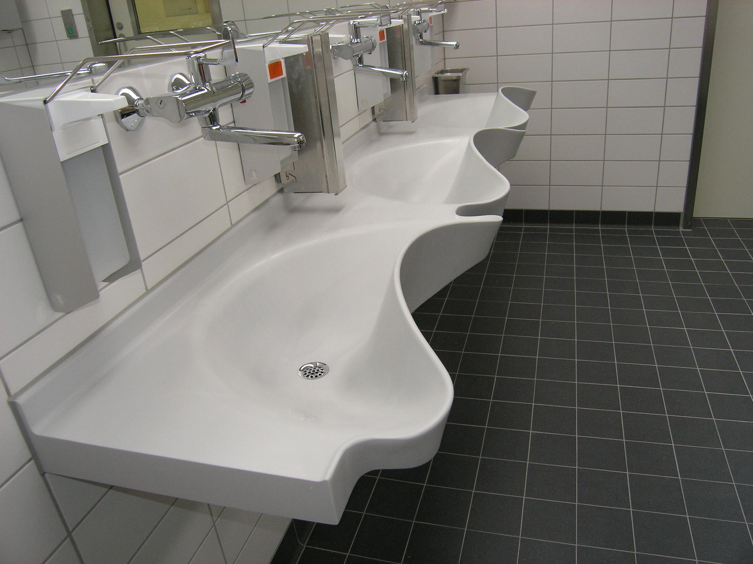 VARICOR®-Waschtische im Klinikum Dresden